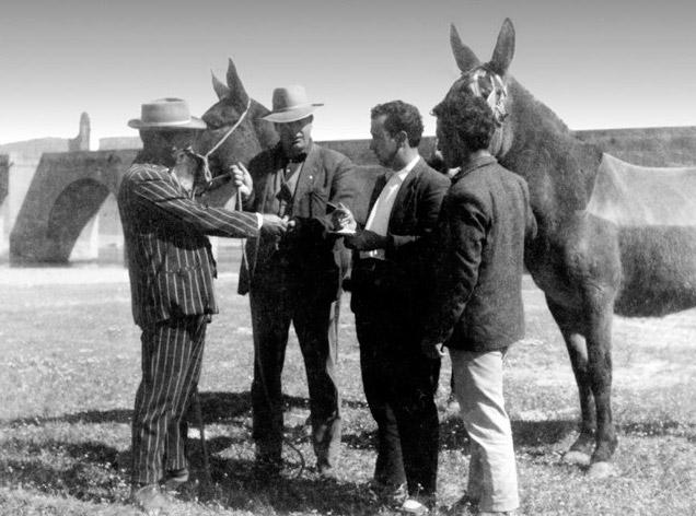 Feiraires en un tracte, Extremadura, principis del segle XX. Col.lecció FAGEX. ↵