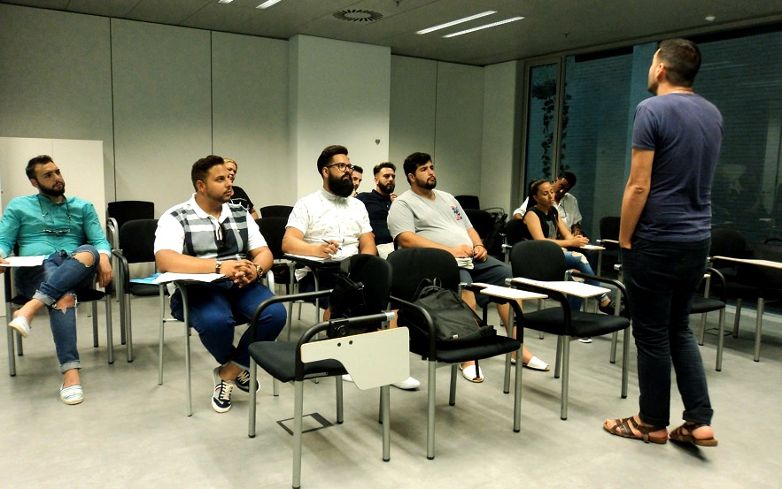 Intensive summer course for Romani students who aspire to go to university